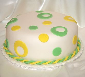 Birthday cake with green and yellow circles