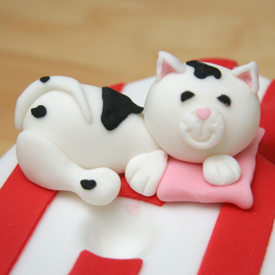 cat kitten sugar paste edible cake topper